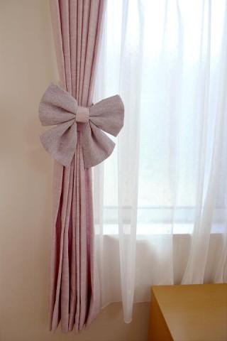 ribbon tieback