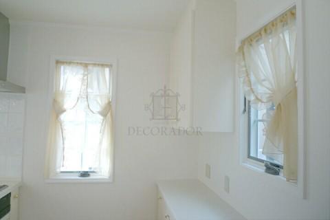 キッチンの小窓の画像