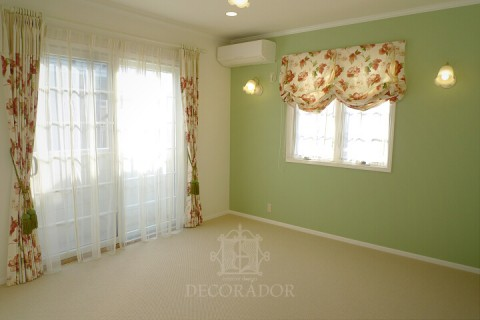 お母様の寝室のカーテン