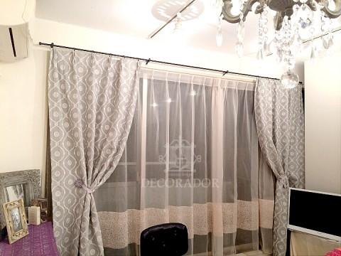 アンカシェットのカーテン